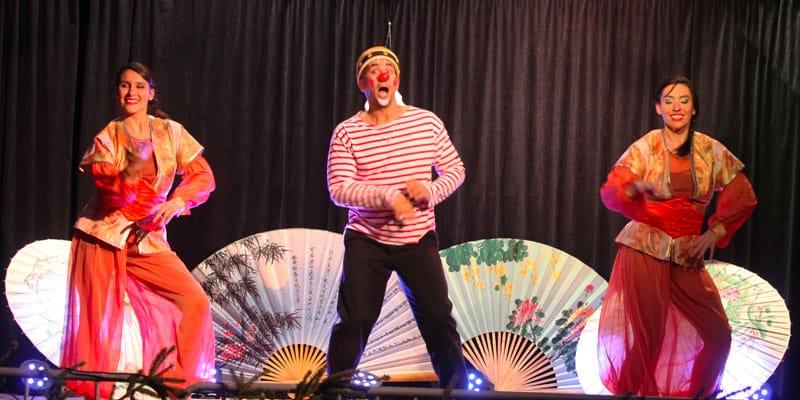 Clown danseurs acrobate mascotte la magie de Noël