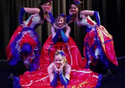 Danseuses cabaret spectacle cabaret et cirque