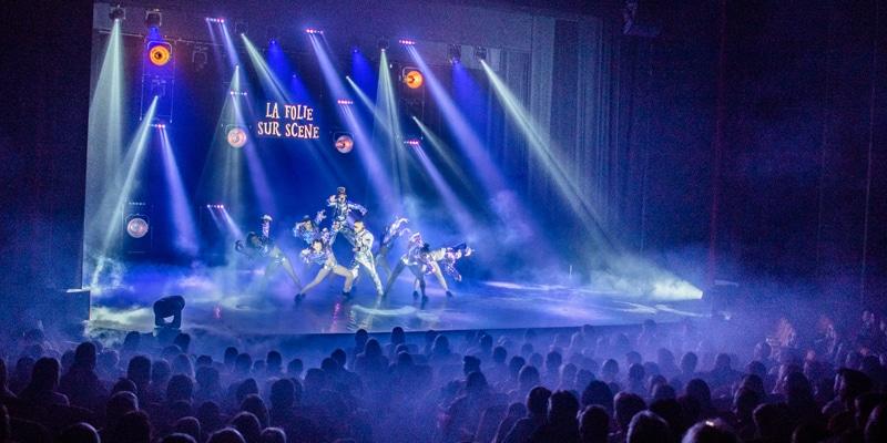 spectacle de cirque complet - La Folie Sur Scène