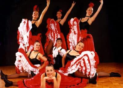 French Cancan danse danseuse